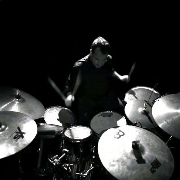 drumsticks-dark-hd-background